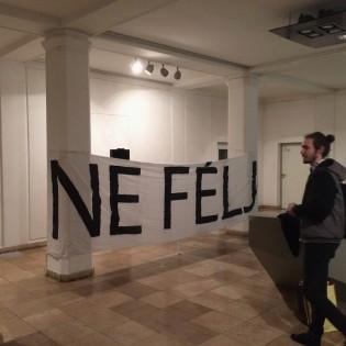 NE FÉLJ! – Egy közhely újrahasznosítása