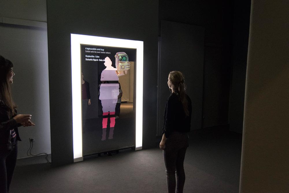 SzínTükör | Színekre hangolva kiállítás | Iparművészeti Múzeum |2016 © MOME TechLab