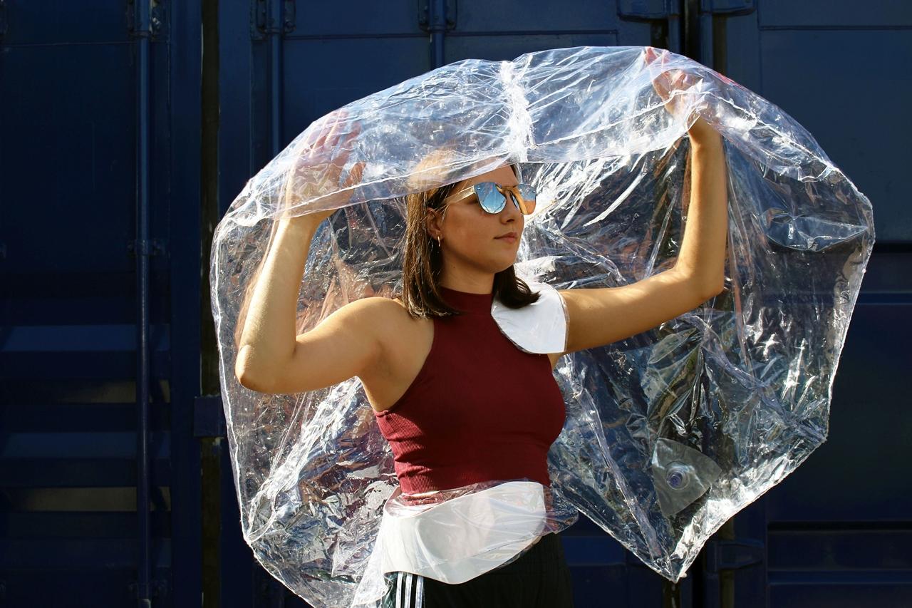 Szabó Katalin | esernyő-koncepció | témavezető tanárok: Koós Pál, Kerékgyártó András | 2016 © Moholy-Nagy Művészeti Egyetem