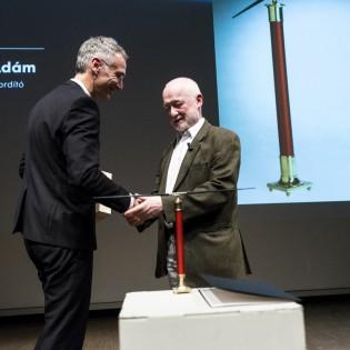 Nádasdy Ádám az idei év Moholy-Nagy-díjasa