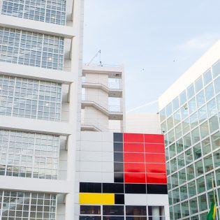 Óriás Mondrian támadt Hága belvárosára