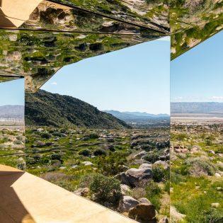 Tükörház a sivatag kellős közepén