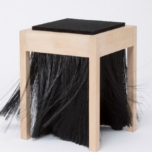 Hagyományosan jövőbeli bútorkoncepciók – Future Traditions