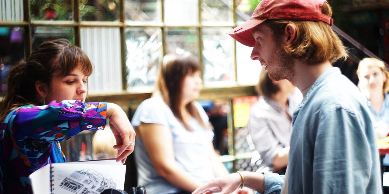 Fiatal designerek munkáiból szerveznek vásárt a Szimplában