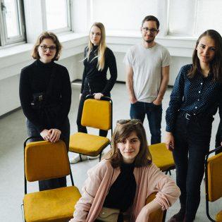 Fiatal grafikusok nonprofit szervezetekért – Interjú a MOME Movement tagjaival
